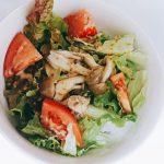 サラダうどんの作り方|平日でも自炊したい人への簡単レシピ【鍋不使用】